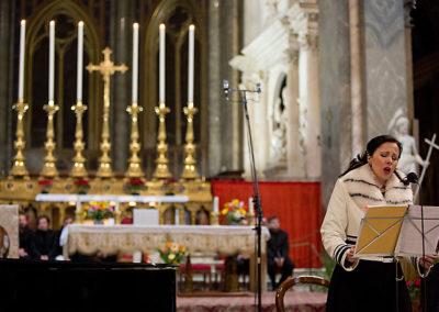 """gmc 68 - Santa Maria sopra Minerva - Roma 6-01-2013 soprano Rosanna Savoia """"Omaggio a Sua Santità Benedetto XVI"""""""