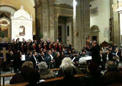 gmc 82 -  Santuario S. Maria della Quercia - Viterbo 19-12-2010 Coro e orchestra Santa Rosa