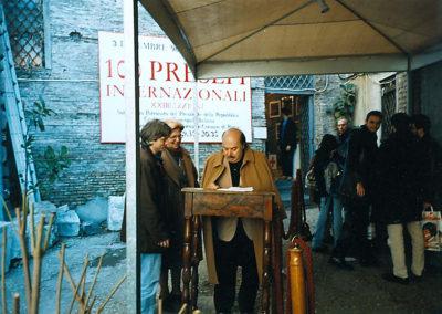 pre 06 - 23ª edizione 1998 - Lino Banfi con la Dott.ssa Mariacarla Menaglia