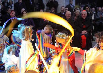 """pre 34 - Il Presepe vivente durante l'inaugurazione dell'anno 2009 – tema """"L'arcobaleno"""""""