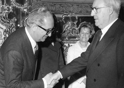 rdn 09 - Il Dott. Manlio Menaglia con il Presidente della Repubblica Italiana Giuseppe Saragat