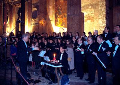 gmc 002 - Sancta Maria ad Martyres (Pantheon) - Roma 24-12-1992 Coro dell'Accademia Filarmonica Romana, direttore Pablo Colino